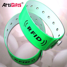 Factory direct sale custom quality products gift item one time use festival wristbands