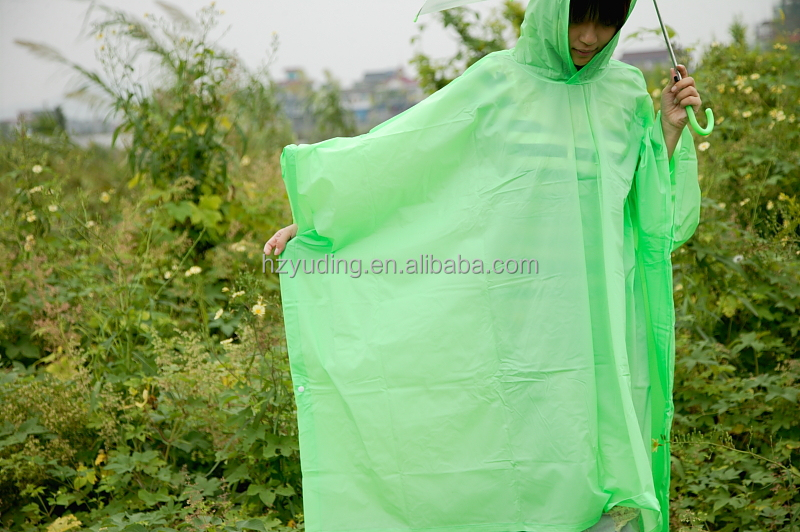 2016 New arrival Fans Cheap PVC Ec0-friendly Promotion Outdoor poncho Raincoat