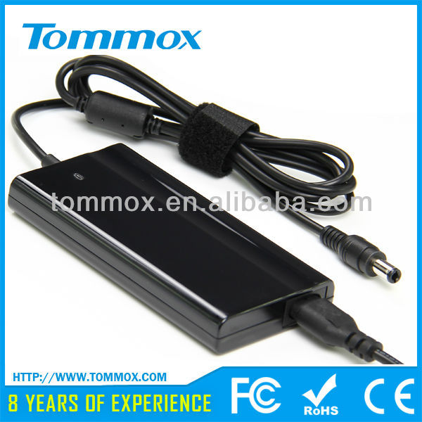 TOP SELLER Universal Ultra -slim laptop adapter 75W with USB Charger LCD display For Toshiba 15V 5A 75W 6.3*3.0 mm