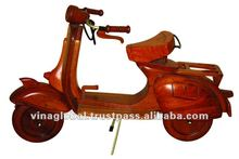 Vespa Motorcycle Toy TM_012
