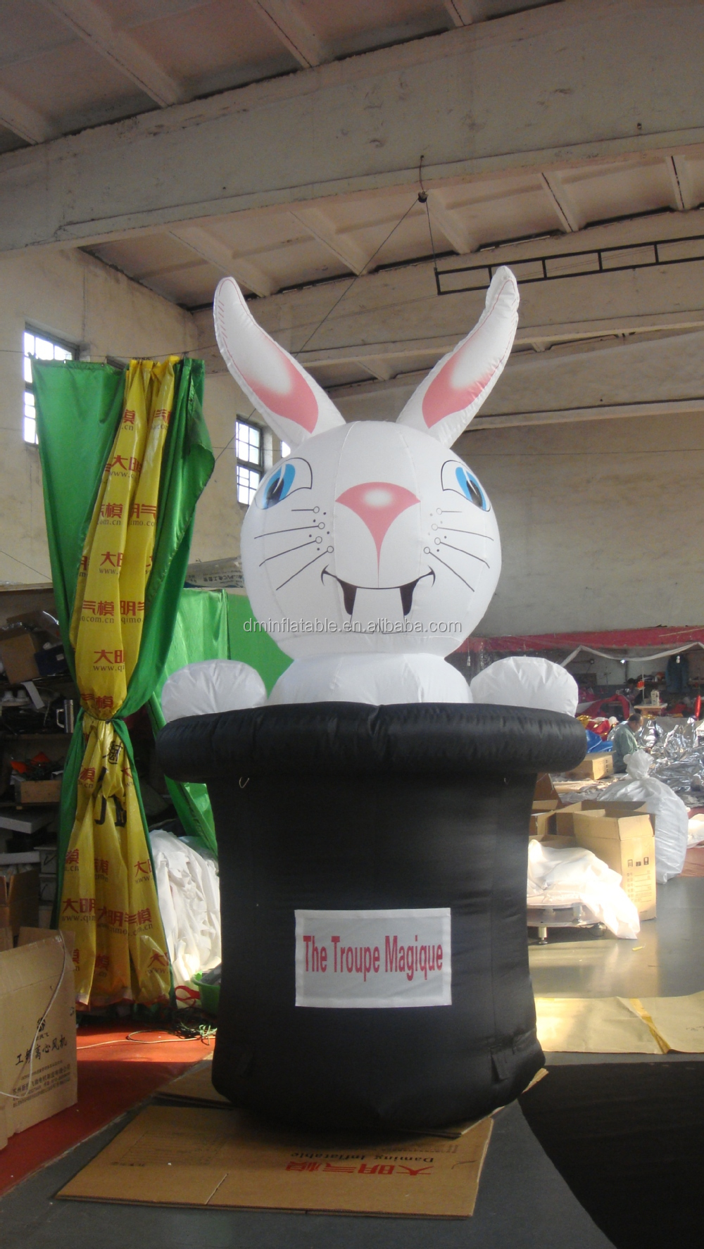 2015 newest costume rabbit inflatable F6018