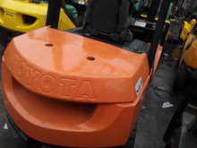 3 mast, 5M lifting height, secondhand forklift toyota 3 Ton for sale