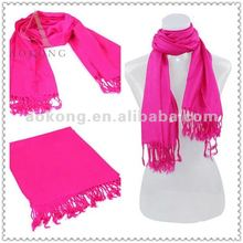 Most hot sale acrylic pashmina 2013 in solid color fashion winter scarf