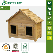 Classic Wooden dog kennel/dog cage
