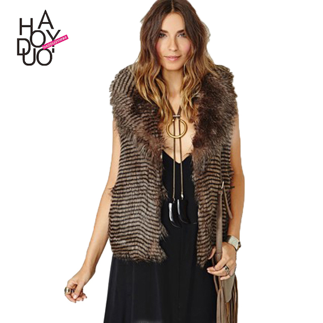 HAODUOYI Women Sleeveless Turn-down Collar Fur Vest Coat With Wave Trim Stripe Pattern For Wholesale