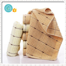 Wholesale super cheap 100% cotton waffle design terry face towel