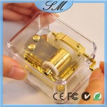 Transparent Gold-Plate Acrylic Hand crank Music Box With gold handcrank music box