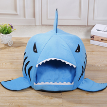 Hot salling cute shark shape soft cotton kennel bed pet supply warm house pet product for dogs