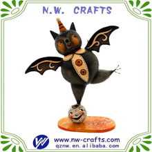 Halloween animal statue plastic funny flying bat figurine for sale