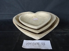 Eco-friendly unfinished natural wood heart shaped storage tray