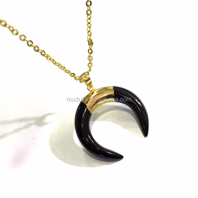 M604011118 New Gold Chain Design For Men Onyx Horn Pendant Charm Necklace In 18 Inches