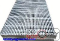 Heavy duty road drainage steel grating