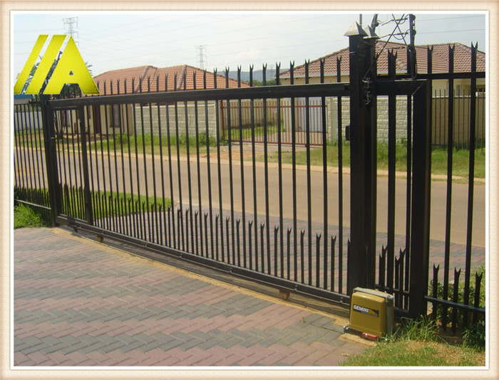 palisade fence 004 d profile durable armor clad fence. Black Bedroom Furniture Sets. Home Design Ideas
