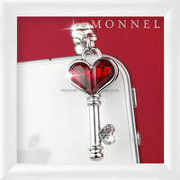 ip469-1 Monnel Custom Alloy Romantic Red Top Love Heart Key 3.5mm Anti Dust Plug Cover Stopper Charm