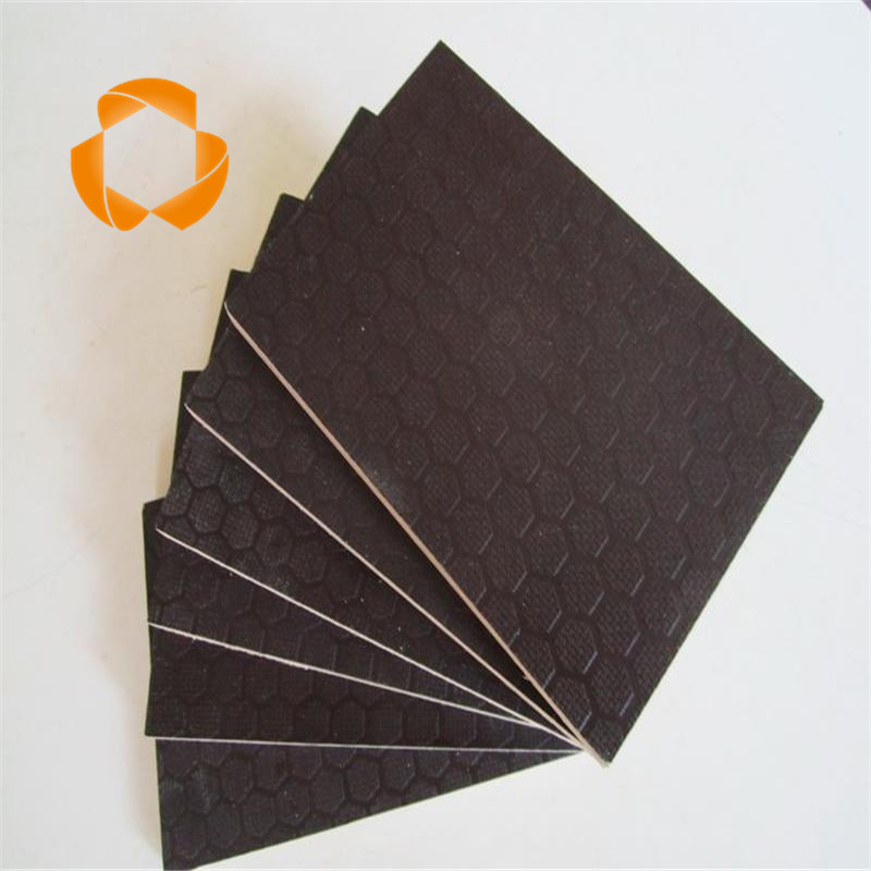 Eucalyptus core plywood /antislip film faced plywood/non-slip plywood