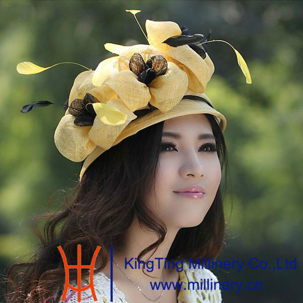 Eco - friendly Custom Yellow Abaca Ladies Sinamay Hat With Bow Feathers