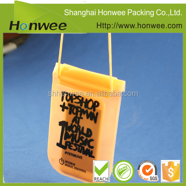 2015 popular clear pvc plastic bag with snap button promotional pouch