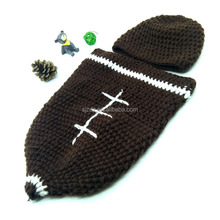 1Set Baby Football Rugby Pattern 0-24M Cosplay Newborn Infant Suits Photo Props Cap Crochet Costume Outfits Jumpsuit Set