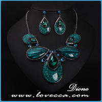 Elegant retrol fashion green crystal jewelry sets shinnydrop earring and pendant necklace