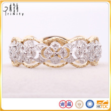 2 years quality guarantee 18K Yellow White Gold Diamond Ring For Wholsales