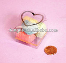 Hot item Eco-friendly feature small PP PET cake plastic box packaging with heart shape