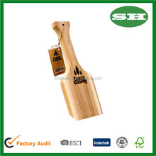 The Safe All-Natural Bristle Free Cedar Wood BBQ Grill Scraper BBQ grill cleaner