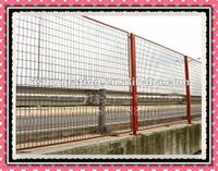 HDG or zinc coated steel bar grating golf cource fence