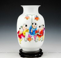 Delicate Chinese Master Handpainted Ceramic Vases With Certification