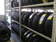 Hight quality metal toyo tires rack made in china