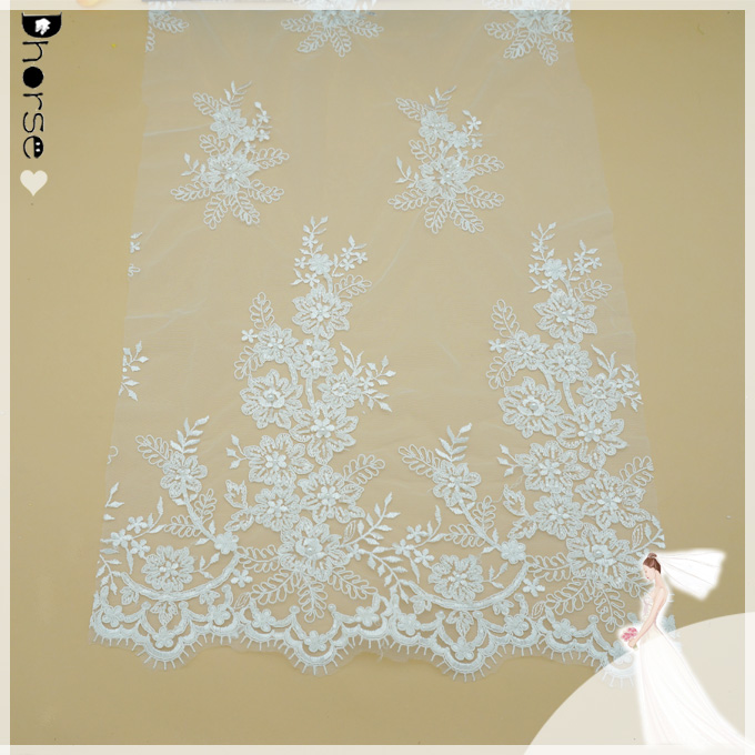 DH-BF590 Economic Machine-made White Chantilly lace/Elegant hand beaded embroidery lace fabric for wedding dress