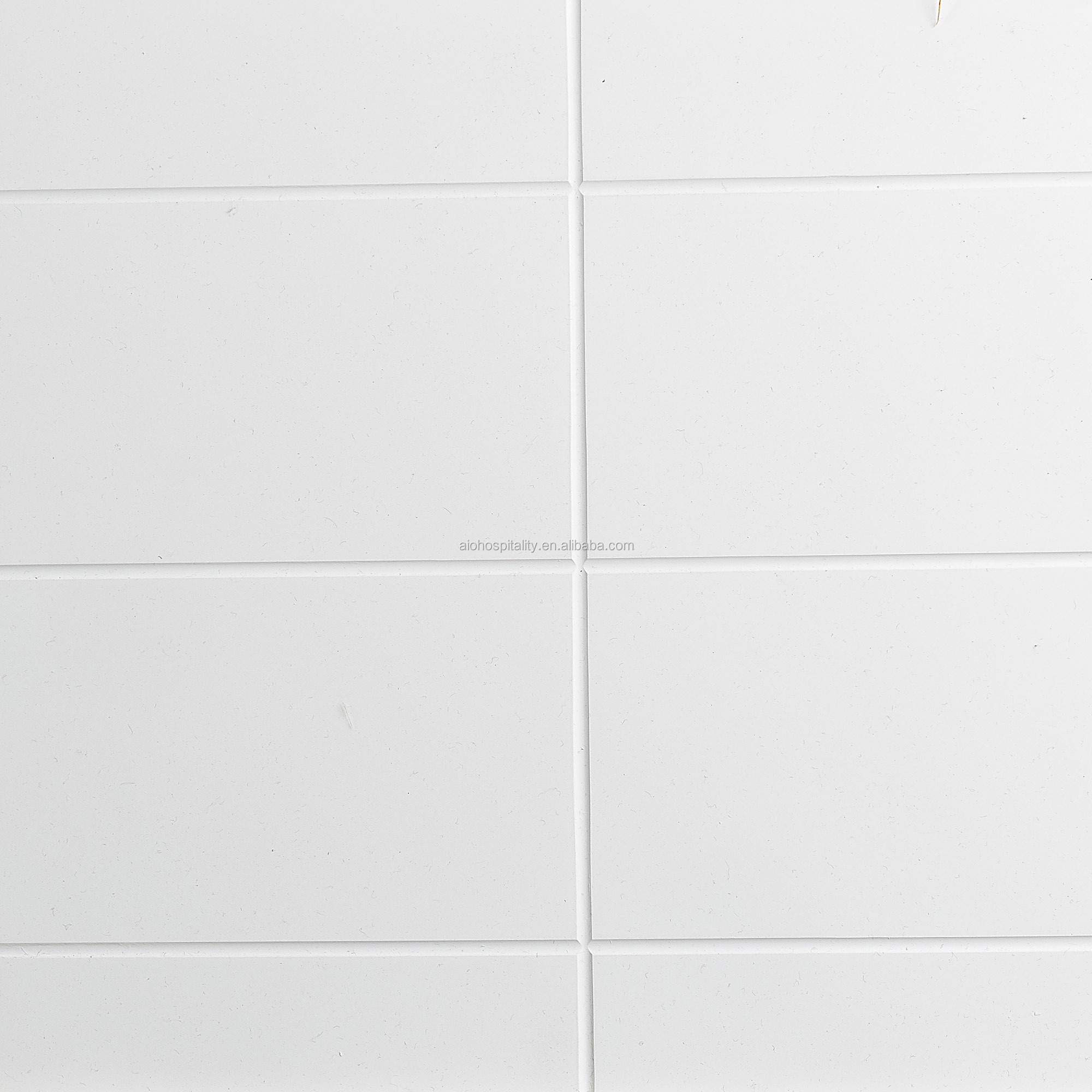 Solid White Gloss Finish 4''*15'' Confetti Pattern Cultured Marble Shower Surround for Hotel Bathroom