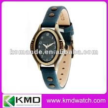 Traditional classic style diamond oval luxury wrist watch fashion leather band with rivet decorated