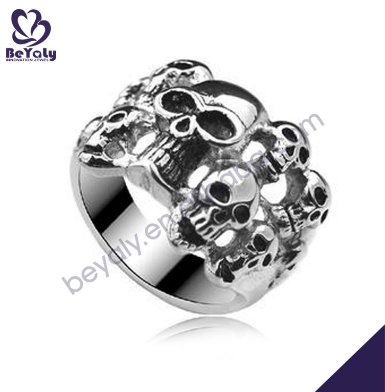 Mysterious funny style skull shape wedding band ring