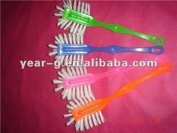 plasic dish brush with suitable handle