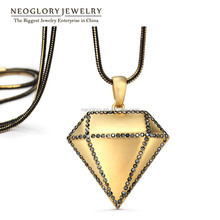 Popular Personalized Big Diamond Shape Pendant Necklace Matte Gold Plated Black Rhinestone Street Style New Design