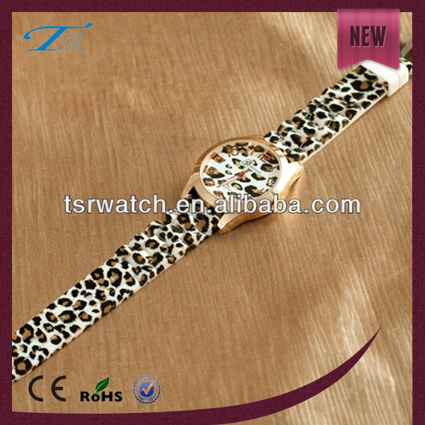 China manufactory promotional silicone lady's wrist watch
