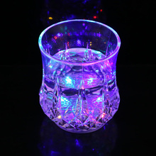 LED Light-Up Flashing Rocks / Whisky Glass
