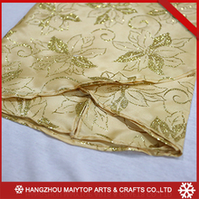 Super quality durable using various famouse brand tree skirt