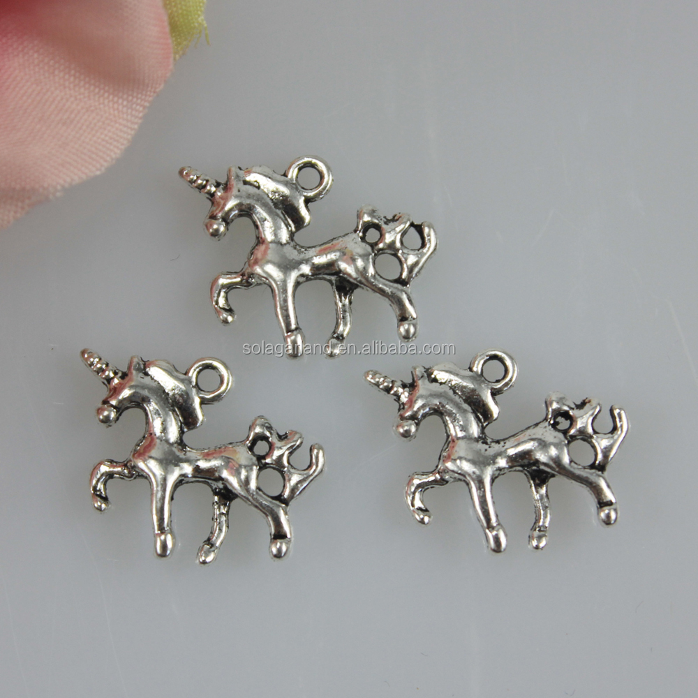 Hot Sale 20*15MM Antique Silver Tone Metal 3D Large Horse Charms Pendants For Necklace Making
