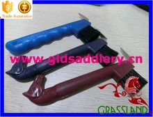 New design colorful horse equipments hoof picks for horses