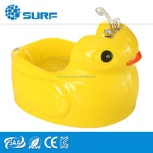 2015 Baby Size Yellow Duck Acrylic Water Jets Small Corner Tub Shower