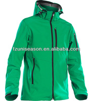Waterproof breathable cheap men winter jackets softshell green