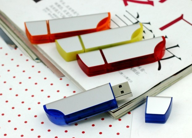 OEM characteristic knife shape multicolor flash memory usb for promotional gift