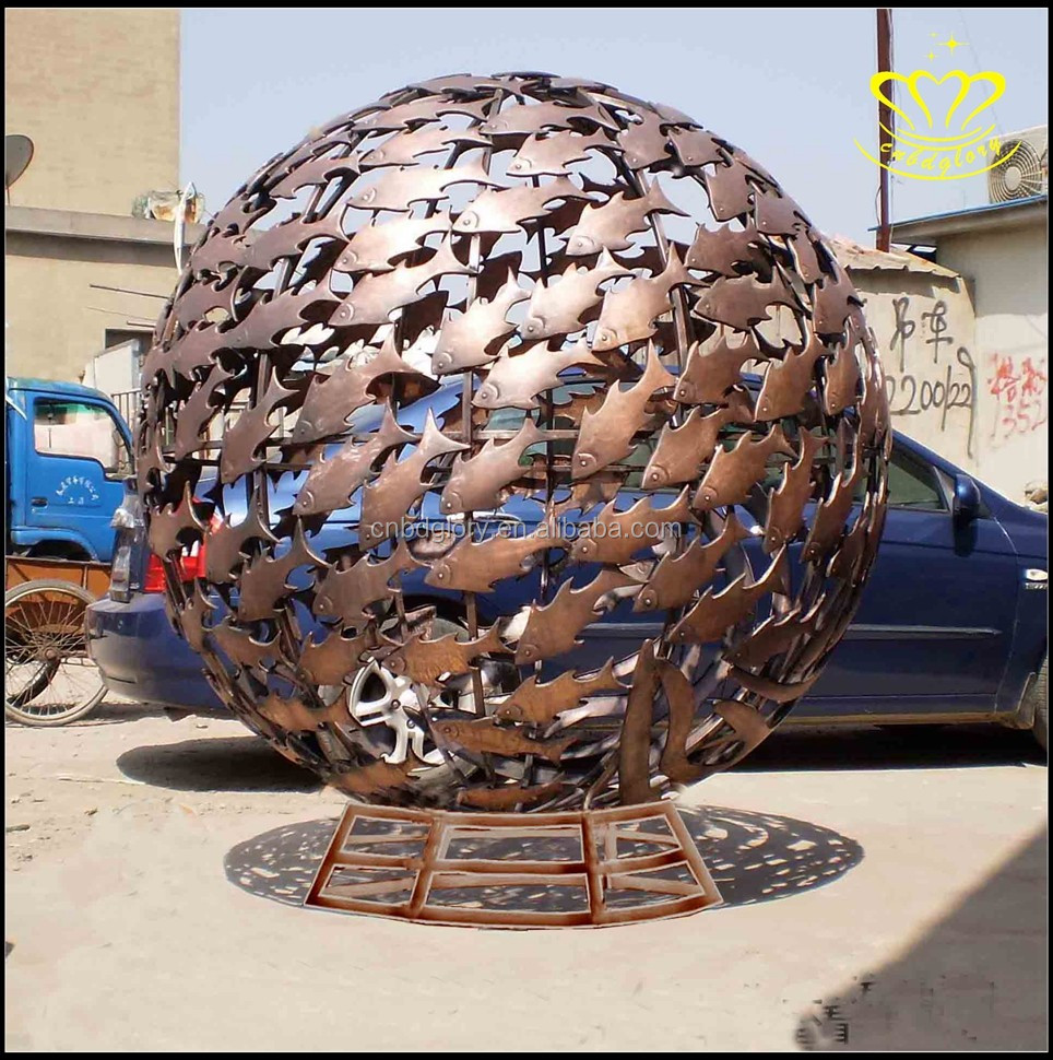 Urban outdoor bronze a circular of hollow fish sculpture Square Park landscape decoration