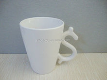 ZIBO XINYU XY-0862 Novelty Design White Ceramic Coffee Cup with Special Handle