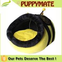 2016 Comfortable Luxury Unique Design Cute Bee Shape Plush Padded Pet House with Self Warming Mat