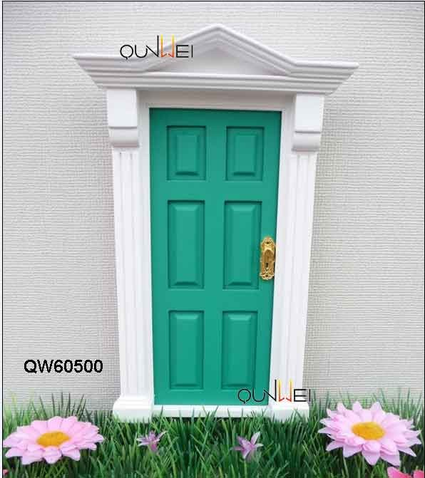 1:12 Wooden Dollhouse Miniatures Christmas Gift Fairy Doors QW60500