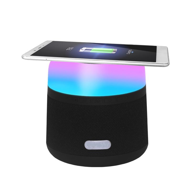 Amazon top seller 2019 chargeur sans fil avec haut-parleur bt haut-parleur de banque de puissance avec LED lumière - ANKUX Tech Co., Ltd