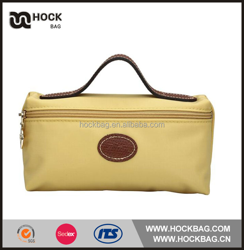 2016 Hot Sale nylon light yellow PU handle cosmetic pouch bag