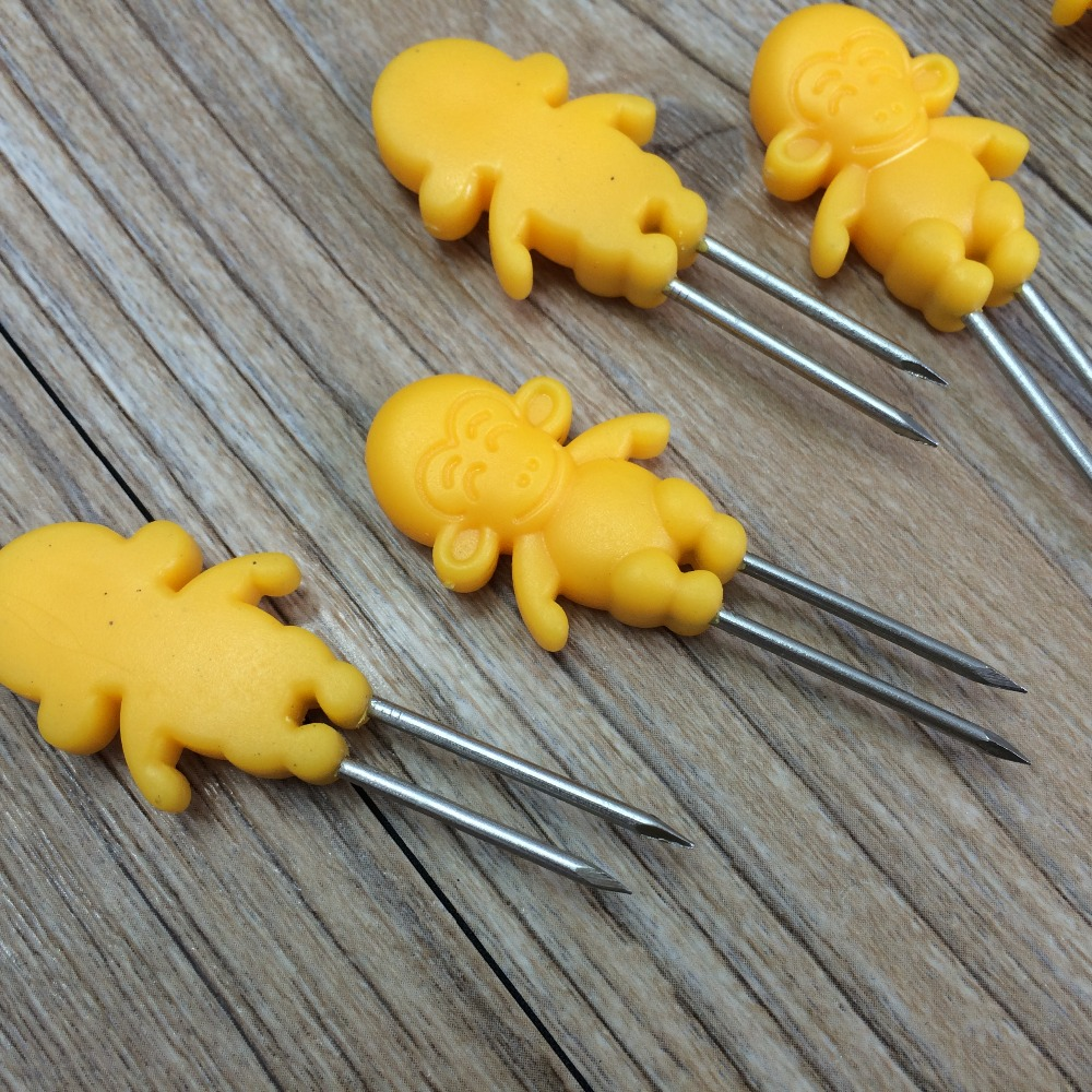 monkey and bear shape Corn Skewers with plastic PS handle/BBQ Tools Corn Holder /Corn Fork